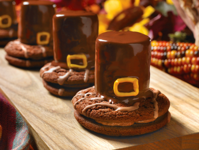 Fudge Rounds Pilgrim Hats
